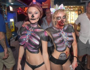 content/101918_pre_fantasy_fest_street_party_with_body_painting_and_flashing_key_west_florida/2.jpg